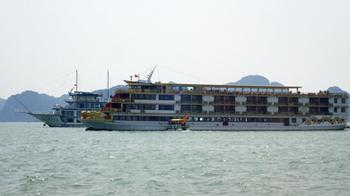 180310ハロン湾4.jpg