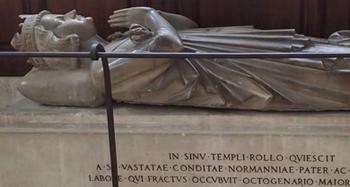 180316ロロの墓.jpg