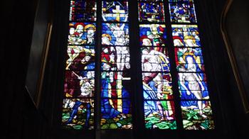 180316大聖堂ステンドグラス.jpg